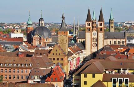 Würzburg, Altstadt mit Dom