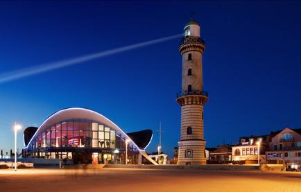 Blaue Stunde Warnemünde / Leuchtturm