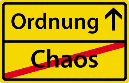 Ordnung - Chaos - Ortsausgangsschild Zeichen