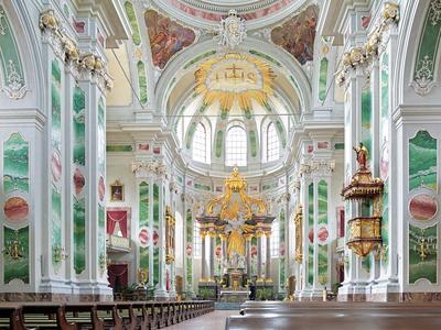 Innenansicht der Mannheimer Jesuiten Kirche